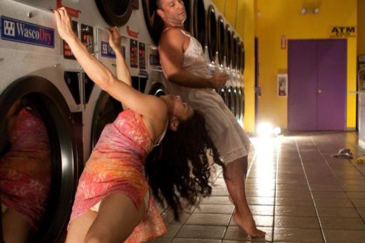 LoveYourPortrait.com-laundromat-8603