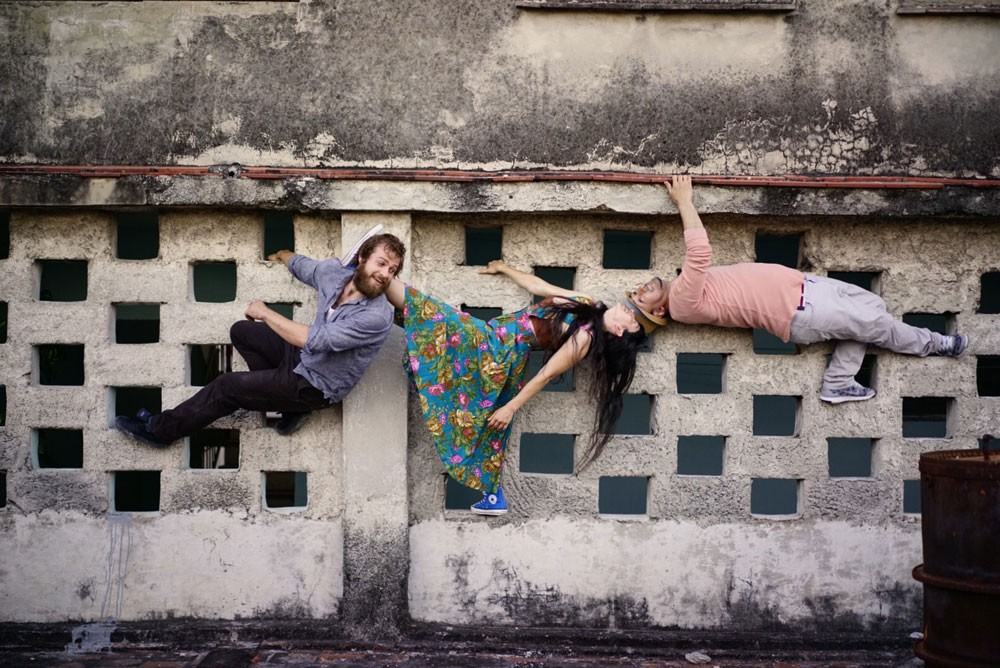 One thing about Heidi Duckler Dance Theatre core company members - whether at home or abroad, if there's a cool wall, they'll find a way to dance on it!