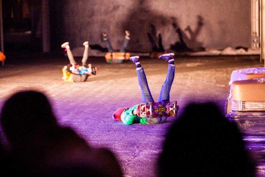 Heidi_Duckler_Dance_Theatres_SnowedUnder_3